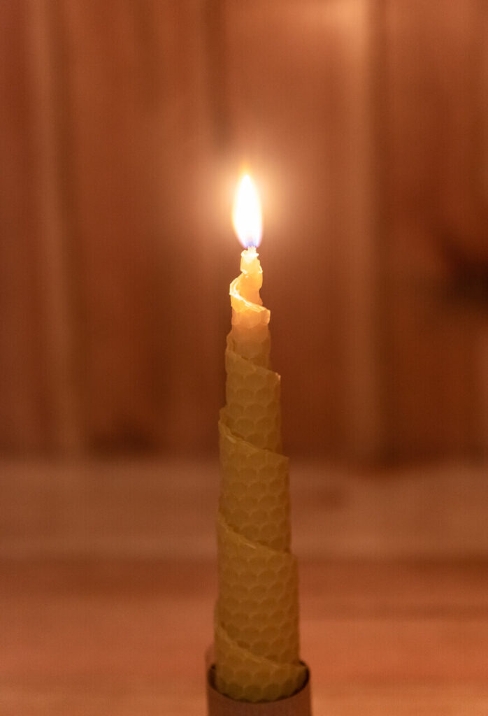 100% Beeswax candle product - Trade Sale Ireland